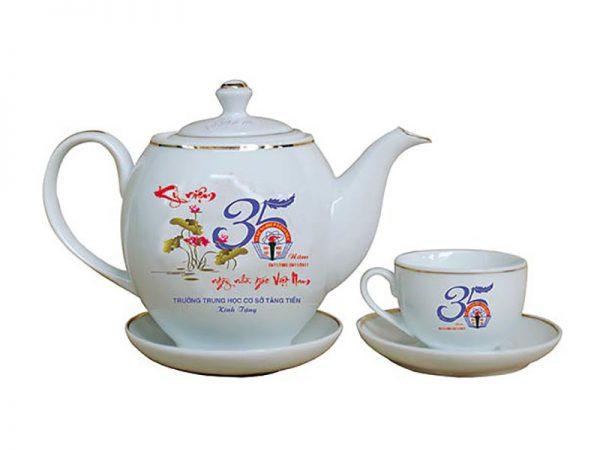 Bộ ấm trà Bát Tràng dáng Minh Long in hình 20/11