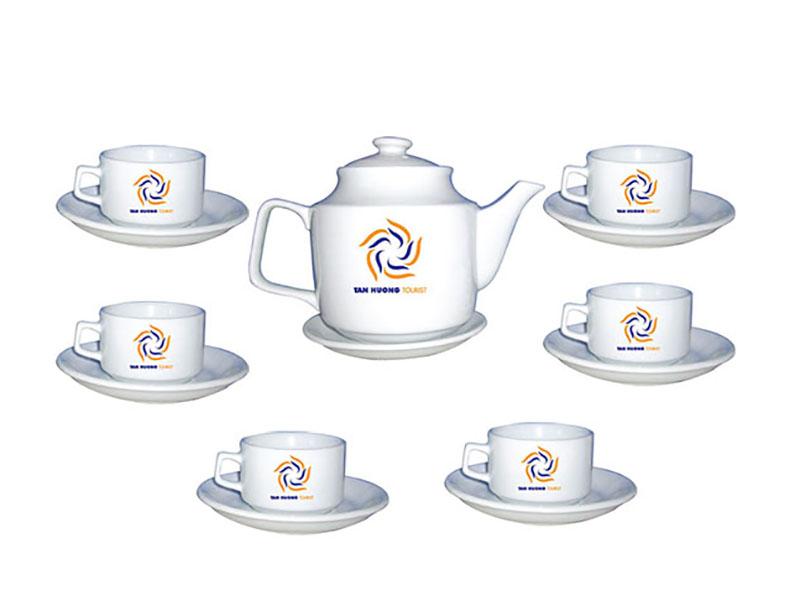 Bộ ấm chén Bát Tràng dáng CK vuông in logo
